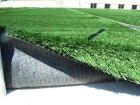 Campi sportivi in erba vs. manti artificiali
